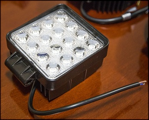 Venda de itens diversos-led-quadrado-48w.jpg