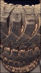 Pneus Maxxis Creepy Crawler 37x14,5x15 (meia-vida)-20180520_114640.jpg
