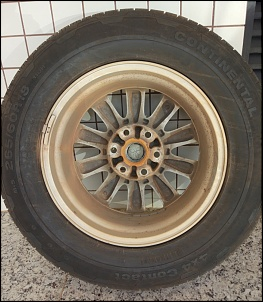 Roda e pneu Pajero Full aro 18-pneu-tras.jpg