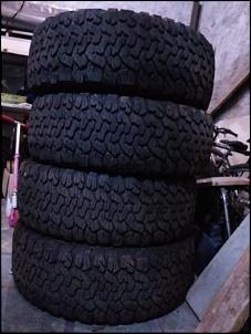 Jogo de pneus BF AT 35x12,5 R15 praticamente novos-whatsapp-image-2018-08-22-11.14.02-am.jpg