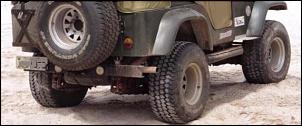 """Rodas 10"""" com pneus 33"""" Willys-jeepmenor.jpeg"""