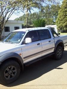 L200 GLS CD 4x4 10/10 Diesel Nova !!!!-l200-novissima_122_1.jpg
