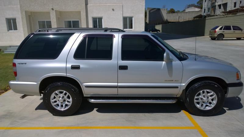 Vendo Blazer DLX turbo diesel MWM 2.8 ano 2000