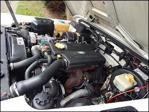 Defender 90 branca 1998-motor.jpg