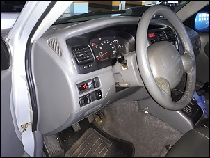 Tracker diesel 2001 (Motor Mazda RF)-15.jpg