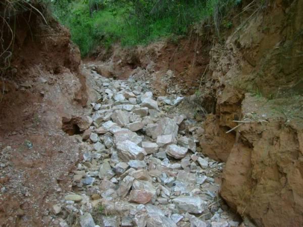 Desaparecidas (Trilha fechada avalanche de pedras)